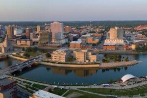 Moving Companies in Cedar Rapids, IA & Surrounding Areas