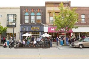 Professional Movers in Iowa City, IA